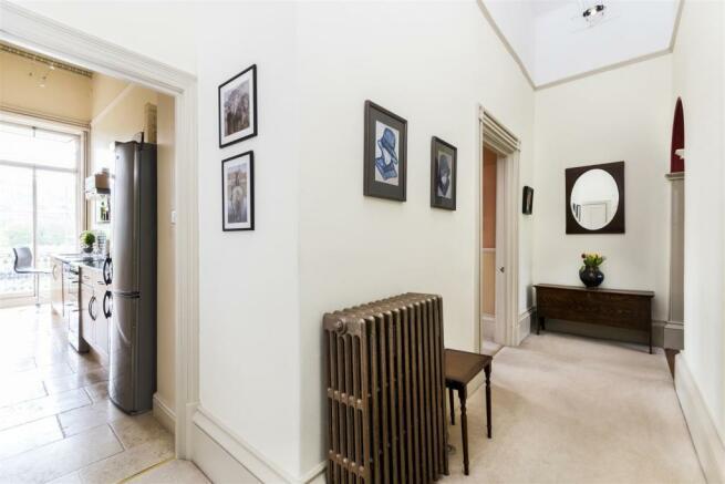 Flat 1, 13 Grosvenor Place, Bath, BA1 6AX-5.jpg