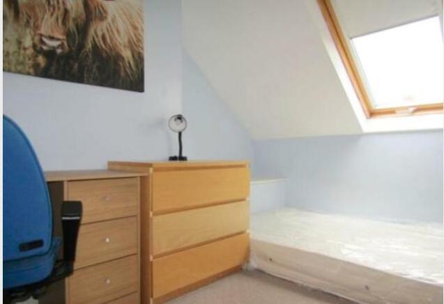 6 bedroom terraced house to rent in Belle Grove West