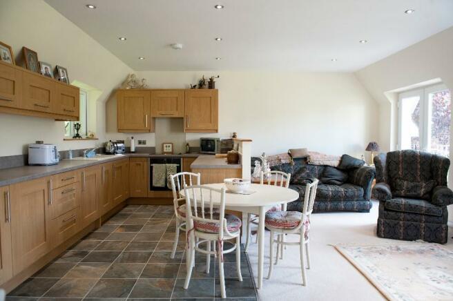 Annex Lounge/Kitchen