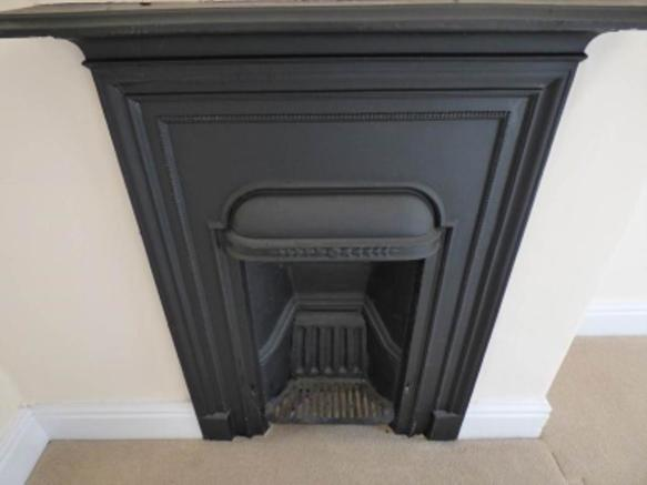 FEATURE FIREPLACE BE