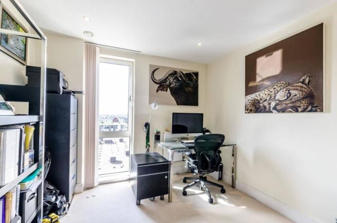 4 bedroom flat to rent in Indescon Square, Canary Wharf ...
