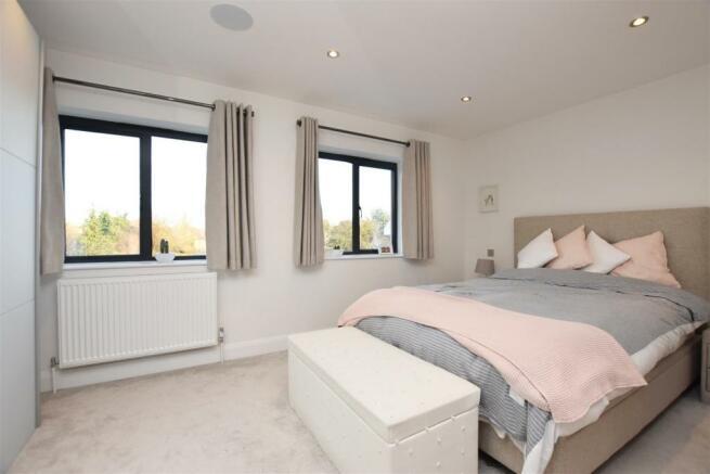 Bedroom...jpg