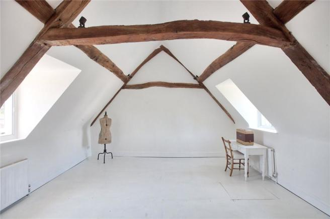 Attic Room/Bed 6