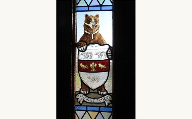 Bear Window Motif