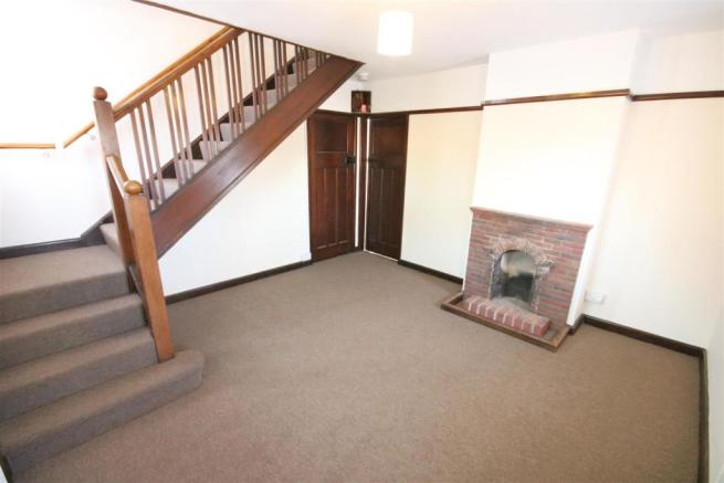 Entrance Hall/ Dining Room
