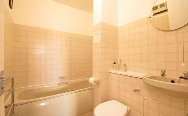 Bathroom Wapping