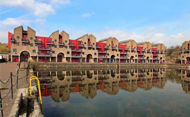 Exterior Wapping
