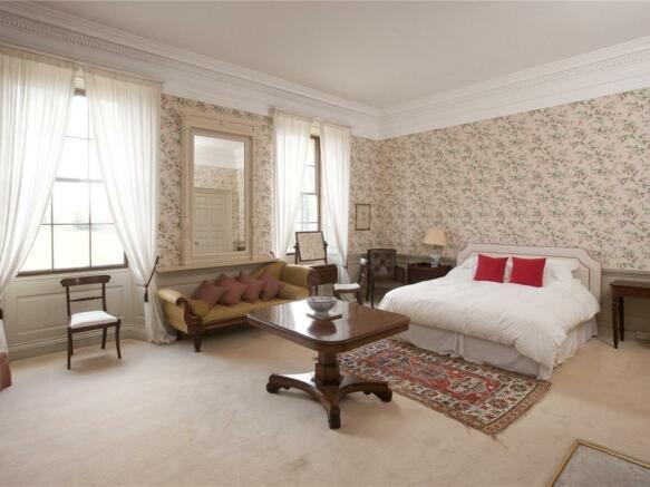 Fuschia Room
