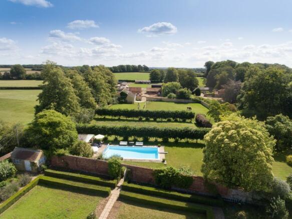 Walled Garden & Pool