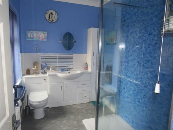2 bedroom house for sale in little ridings chippenham wiltshire sn15