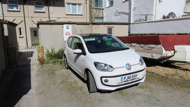 Parking space (car n