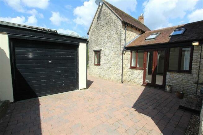 Courtyard/Garage