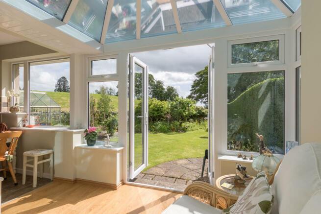 Garden Room looki...