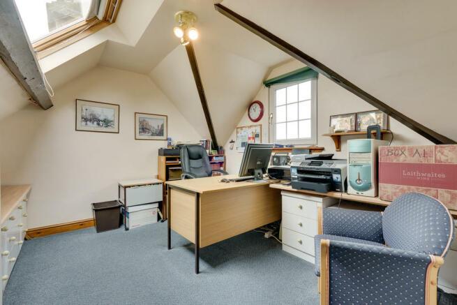 Office/Bedroom 5