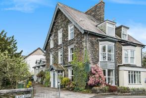 Photo of Rocklea Guest House, Lake Road, Windermere, Cumbria, LA23 2BX