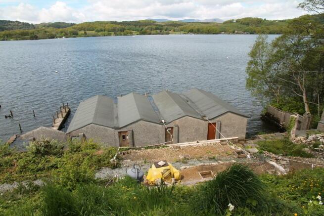 Boathouse 7/Land
