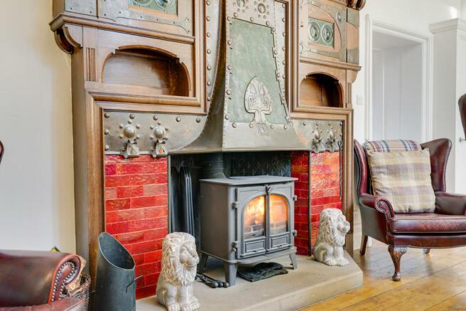 Fireplace in Dini...