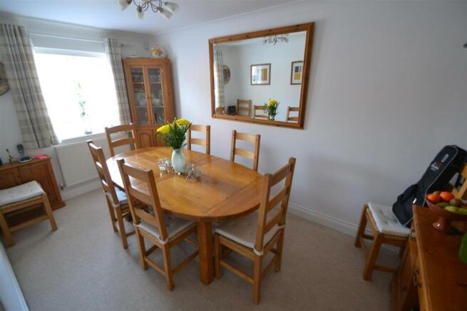 Bedroom 4/Dining Room