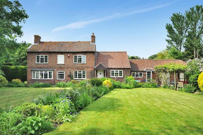 Old Manor Cottage.jpg