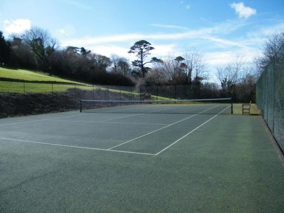 Residents Tennis Cou