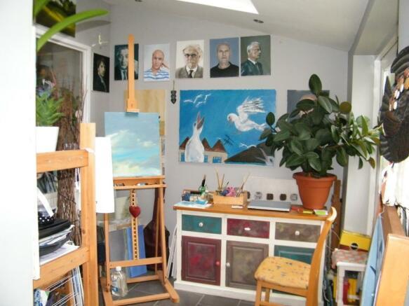 Hobby/ Dining Room