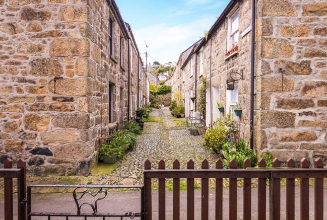 Traditional Cobbled