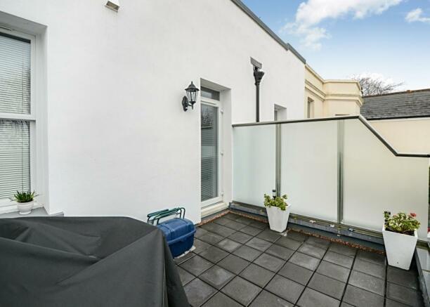 Balcony area