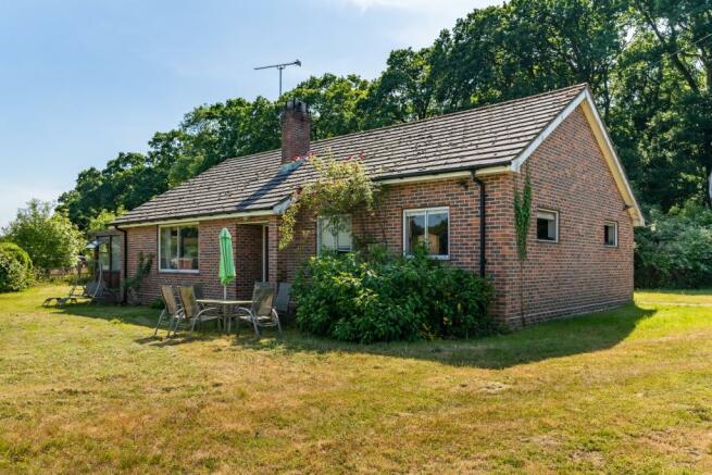 Detached bungalow at