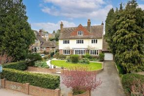 Photo of Kings Road, Berkhamsted, Hertfordshire, HP4