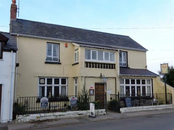 5 Bedroom Commercial Property For Sale In The Dial Inn Lamphey Nr Pembroke Pembroke Sa71