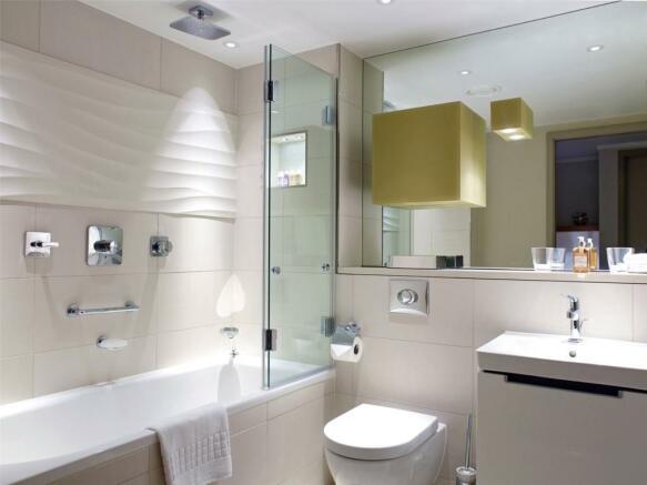 Bathroom, Ec3