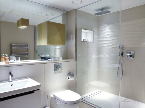 Shower Room, Ec3
