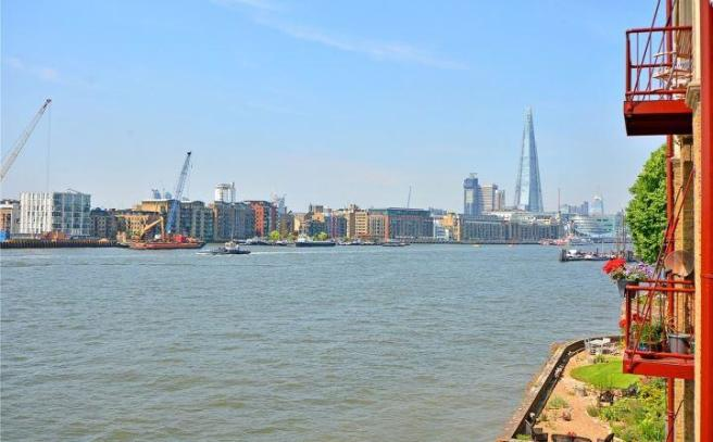 View, Wapping