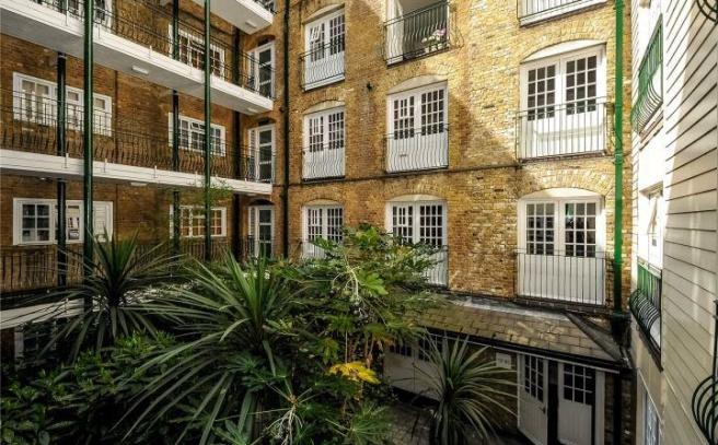 Courtyard Wapping