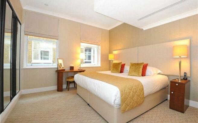 Bedroom, Ec4