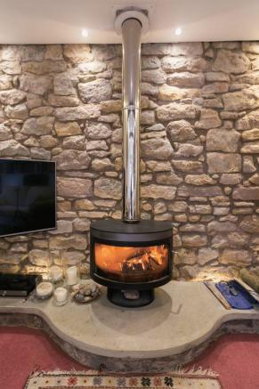 Log burner / Snug