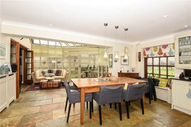 Kitchen - Sun Lounge
