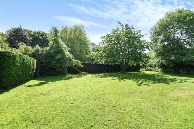Middle Garden Area