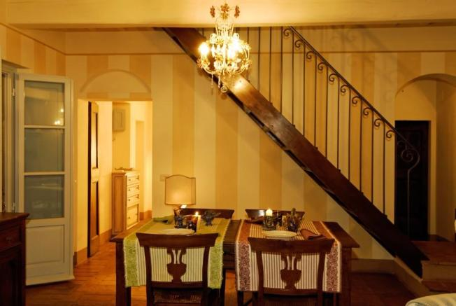 Dining area &stairs