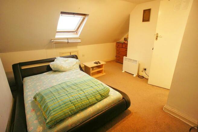 westwardroadterracedloftroom1.jpg