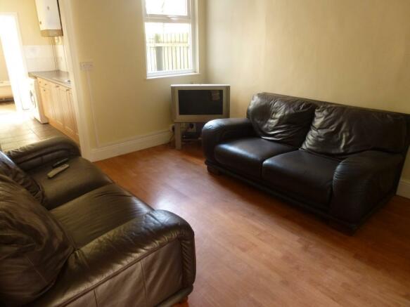 P1030044 lounge