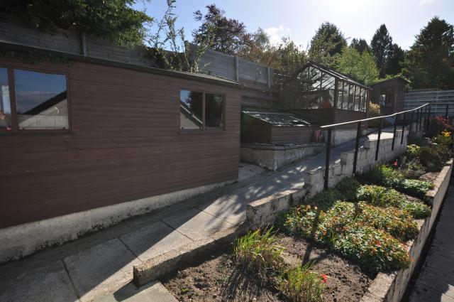 Path to upper patio