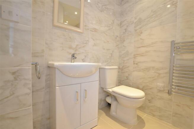 Shower Room II
