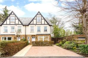 Photo of Hillside Road, Chorleywood, Rickmansworth, Hertfordshire, WD3