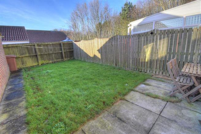 3 Bedroom Semi Detached House For Sale In Airedale Drive
