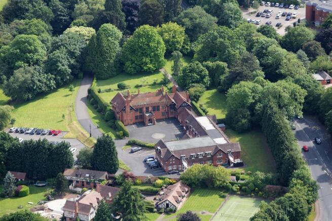 08 Cranford Estate.jpg