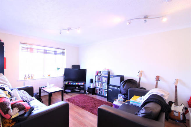 Stunning Two Bedroom Apartment in Wimbledon