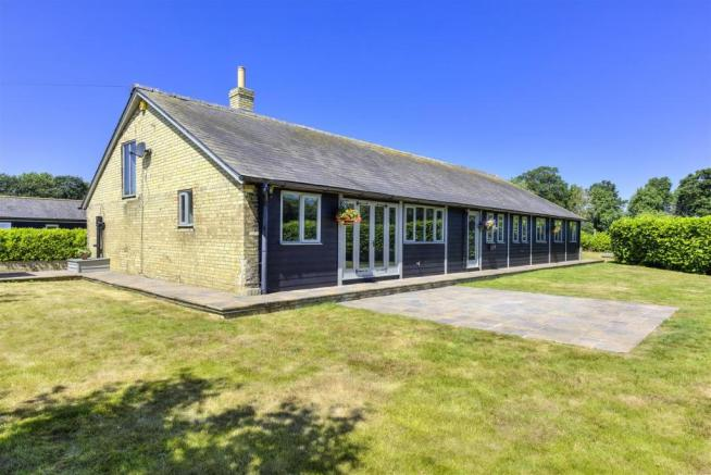 Oak Barn Revisit ph05.jpg