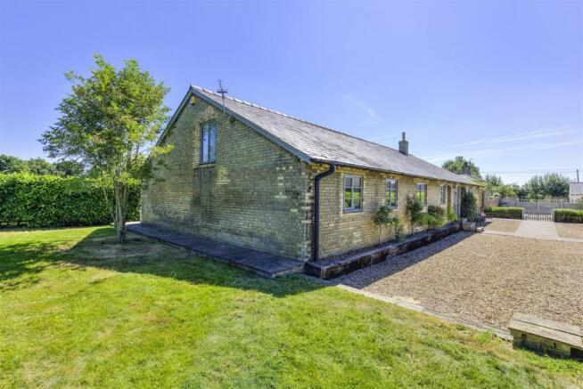Oak Barn Revisit ph04.jpg
