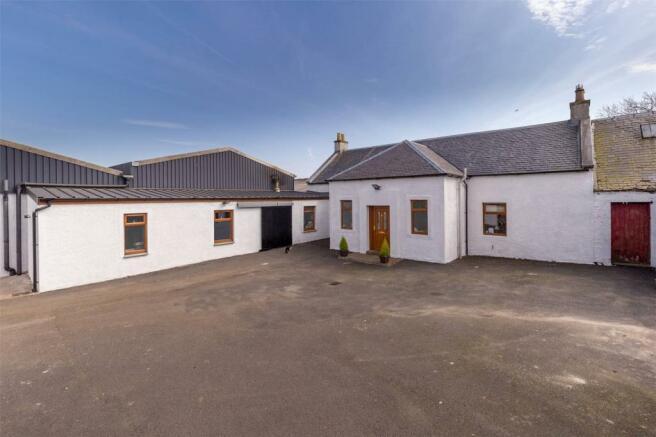 Cronan Farmhouse